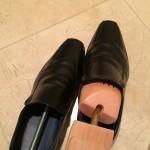 シューキーパーを革靴に入れた
