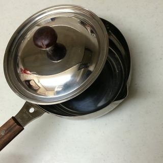 燕市片手鍋(カラス口パン)